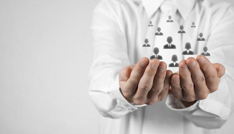 Để quản lý nhân sự tốt, nên bắt đầu từ đâu?